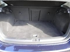 Volkswagen-Golf-21